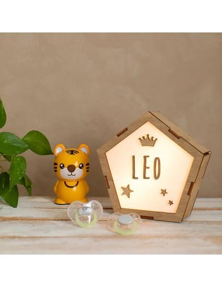 Lámparas infantiles de estrellas para decorar el dormitorio del bebé