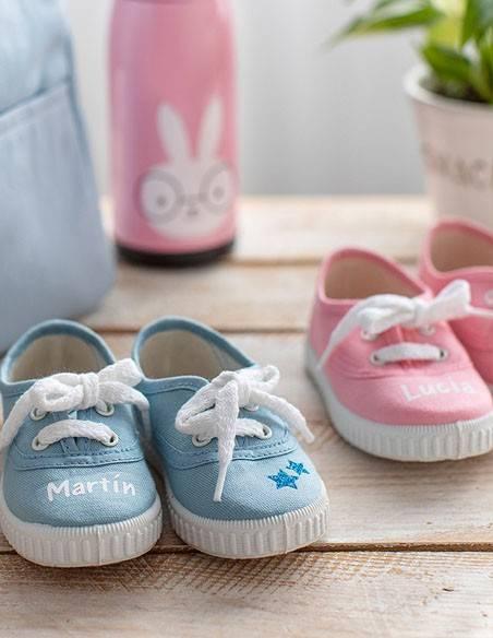 - Zapatillas